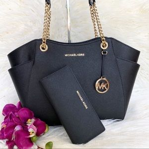 NWat Michael Kors Chain Shoulder Bag & Wallet